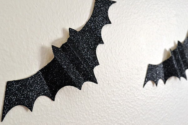 DIY Bat Decor by Aly Dosdall_close 1