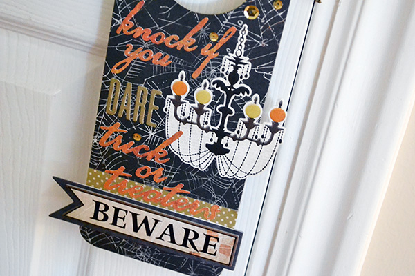 Halloween Door Hanger by Aly Dosdall_close 2
