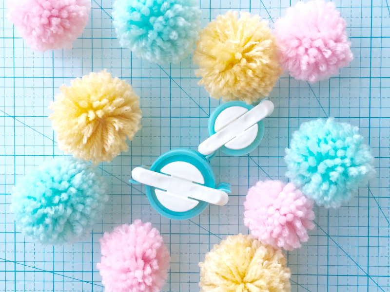 We R Memory Keepers DIY Pompom makers