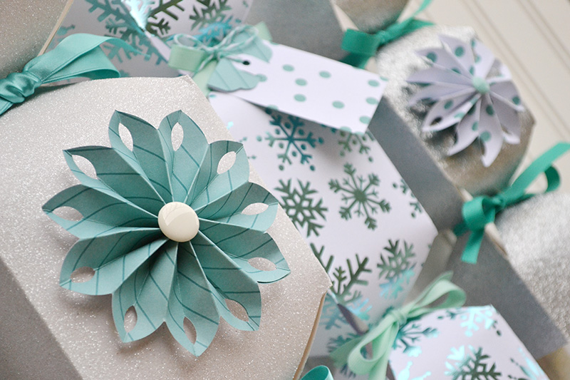 Holiday Candy Boxes by Aly Dosdall close 3