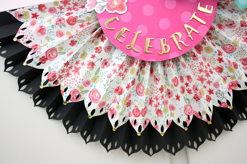 Shellye McDaniel-DIY Party Fringe Board Rosette Bunting8