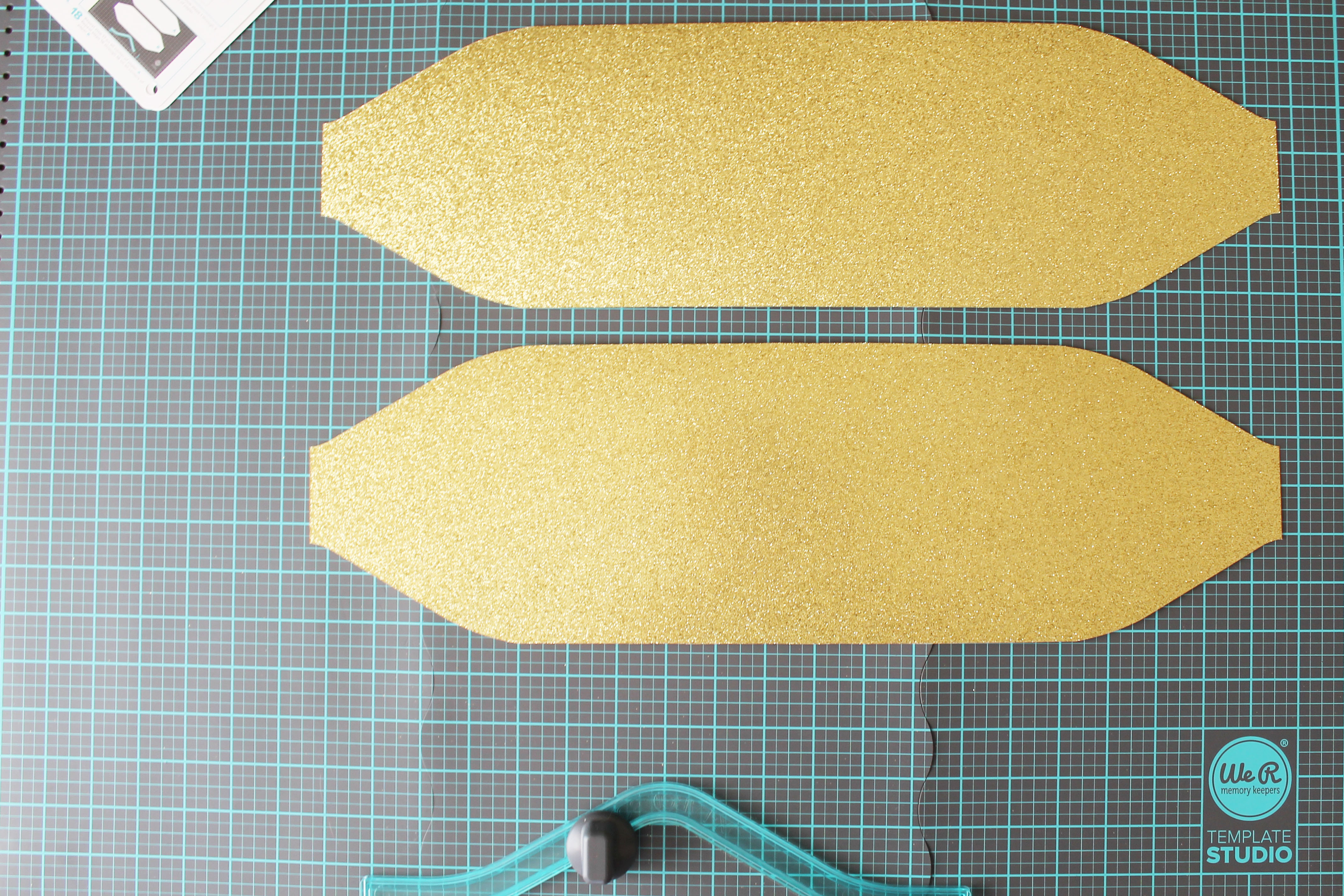 Template Studio Bow Guide Party Decor by Laura Silva 3