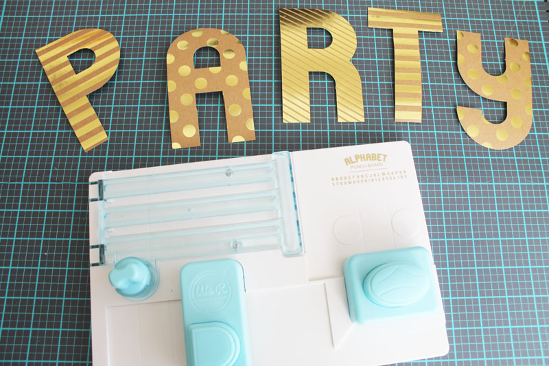 Template Studio Bow Guide Party Decor by Laura Silva 7