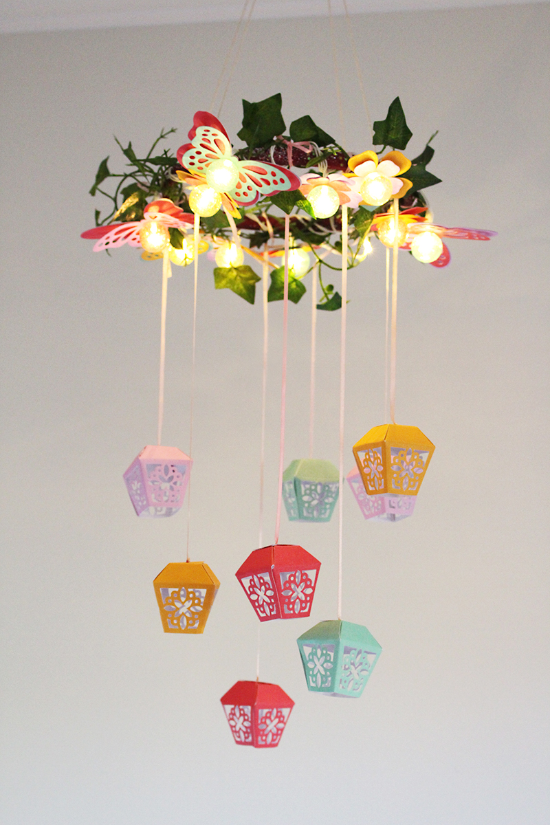 DIY Party Light Strand Mobile by Chantalle McDaniel
