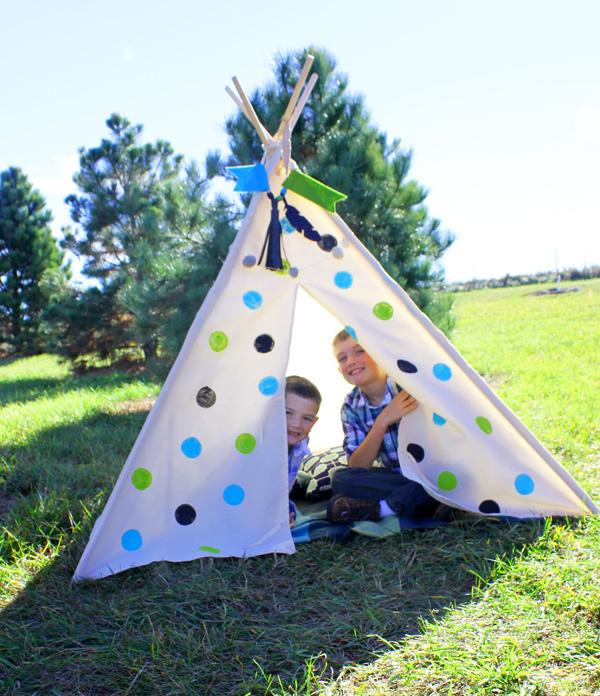 polka-dot-teepee-by-samantha-taylor-2