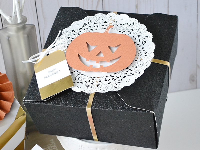 halloween-treat-boxes-by-aly-dosdall-4