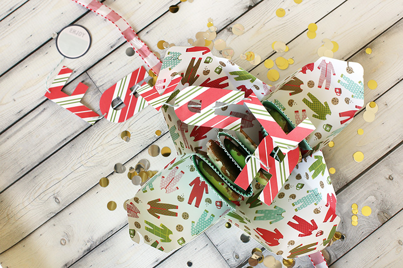 christmas-cookies-boxes-by-eva-pizarro-9