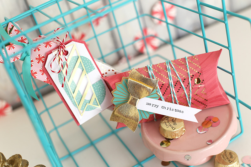 pink-and-teal-gift-wrap-by-eva-pizarro-8