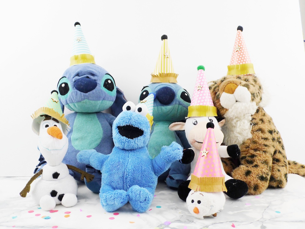 Mini Party Hats by Soraya Maes for We R Memory Keepers