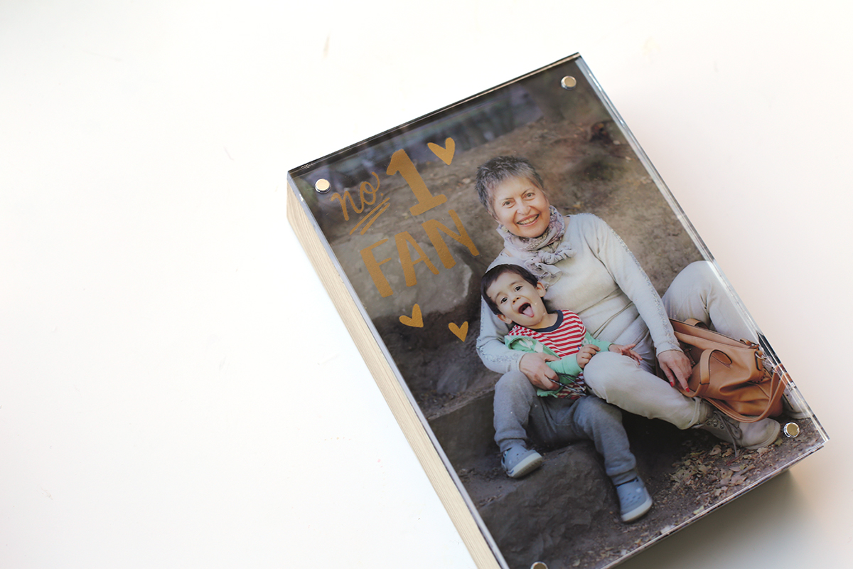 Mother's Day Photo Lights Gift by Eva Pizarro for We R Memory Keepers