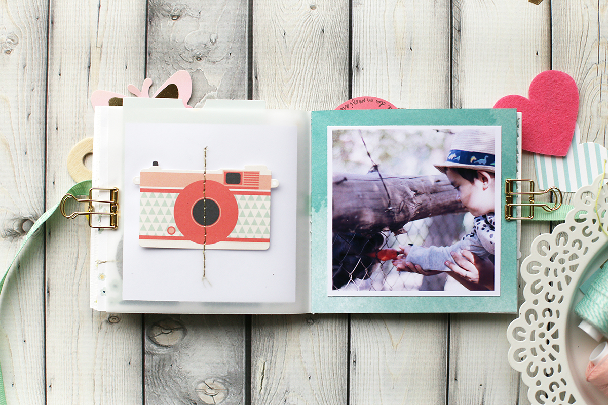 Stitch Happy Mini Album by Eva Pizarro for We R Memory Keepers