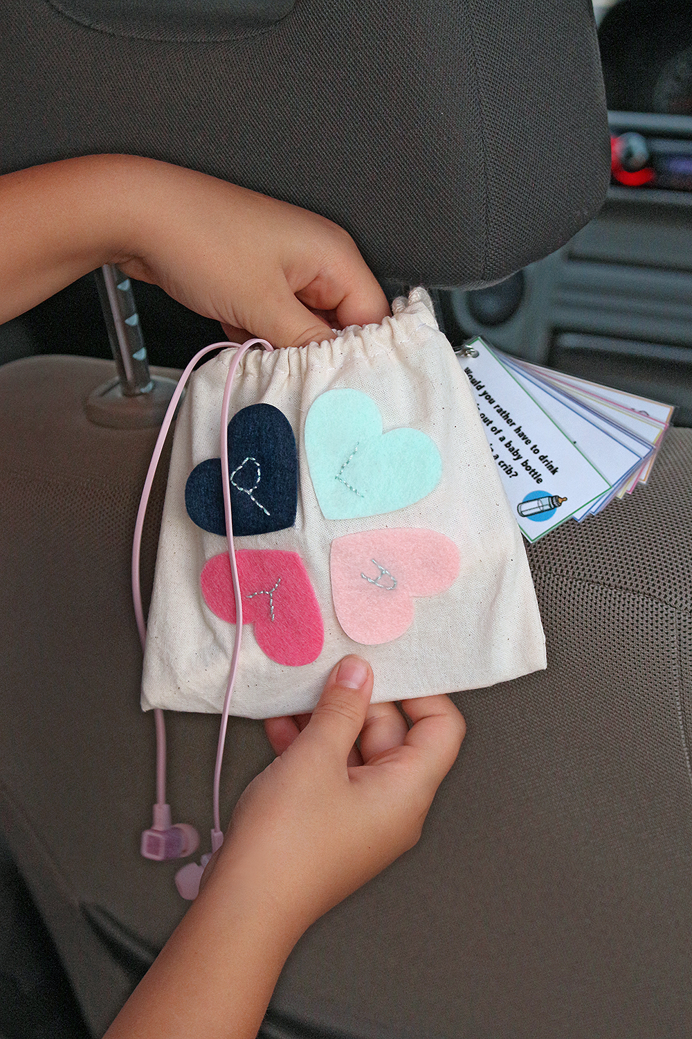 Travel Activity Bag with the Stitch Happy by Chantalle McDaniels for We R Memory Keepers