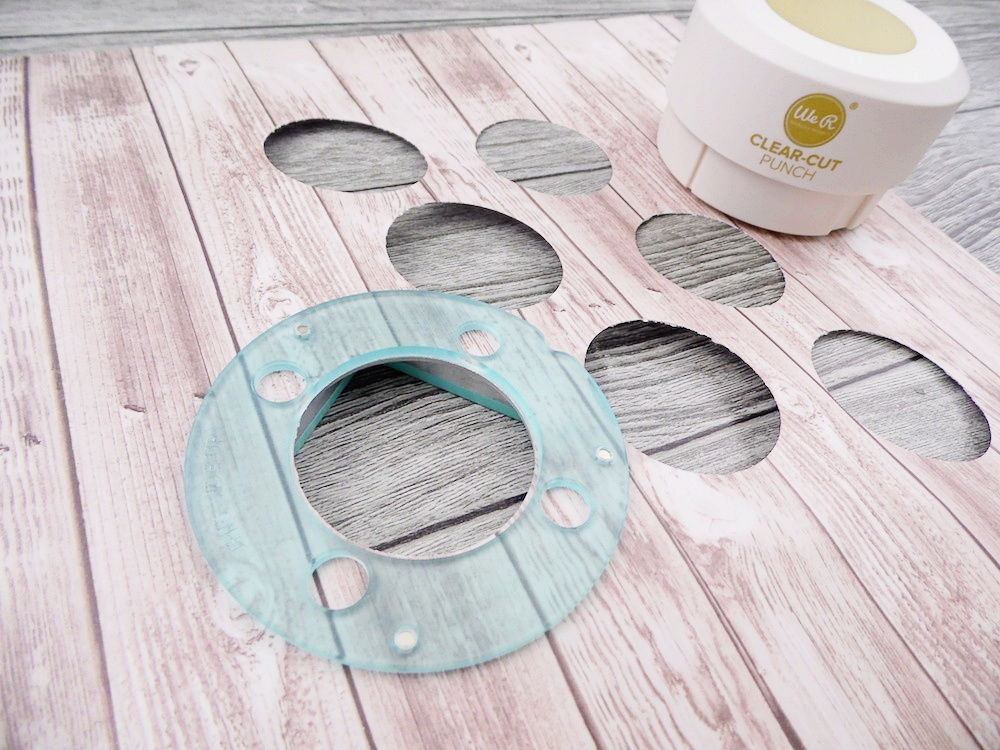Clear Cut Circle Punch by We R Memory Keepers