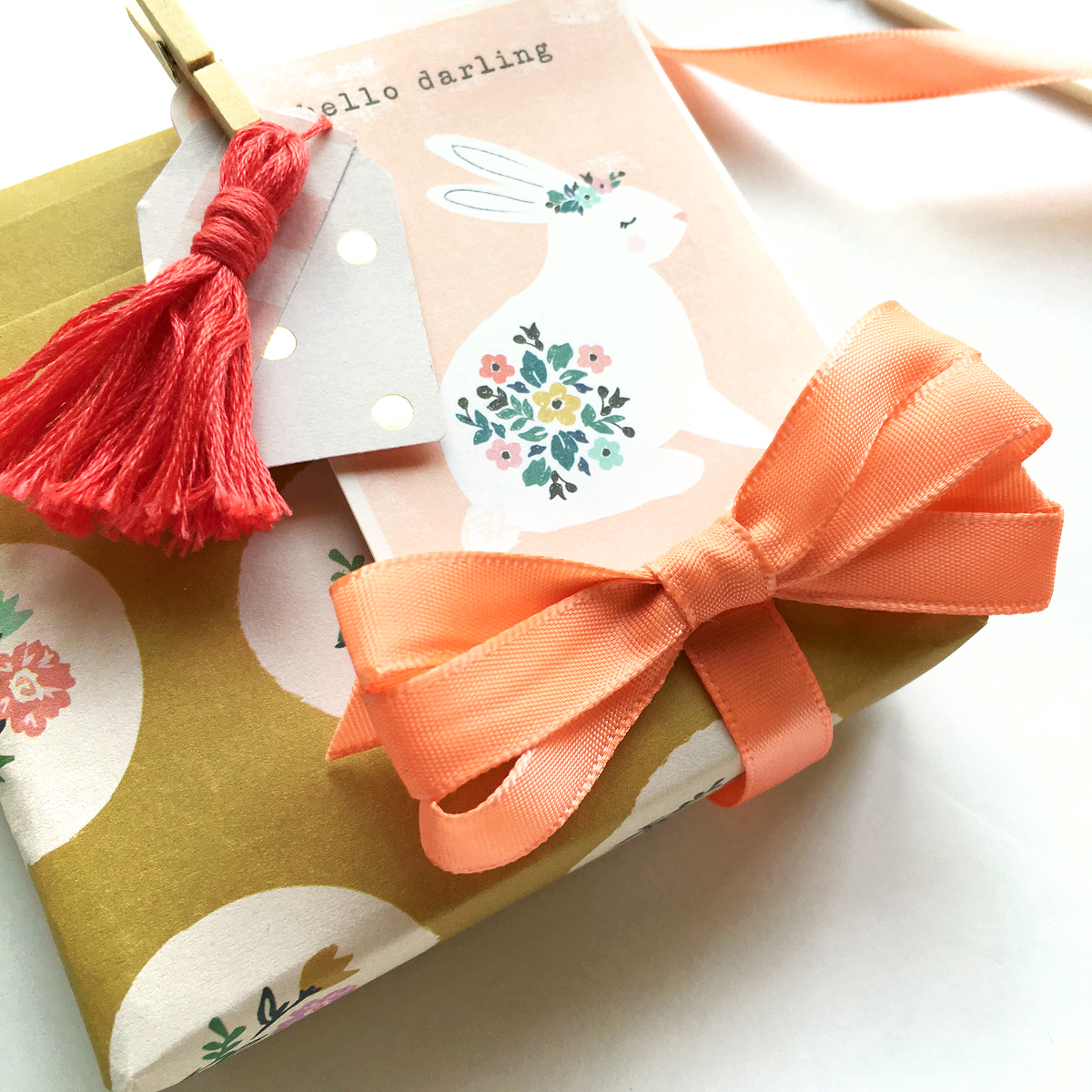 Pleated Gift Wrap by Enza Gudor for We R Memory Keepers