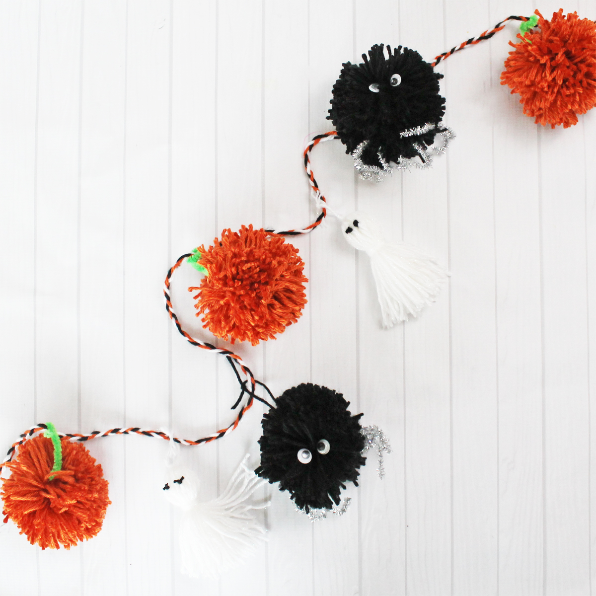 Pom Pom And Tassel Halloween Garland We R Memory Keepers