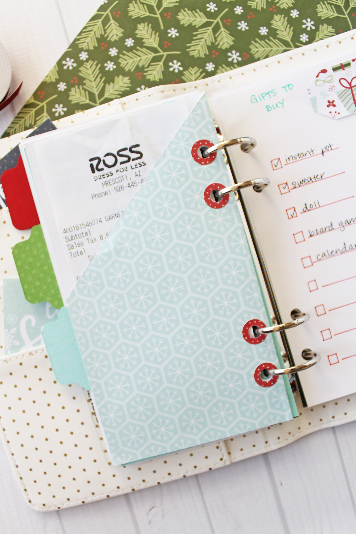 Holiday Planner by Laura Silva for We R Memory Keepers