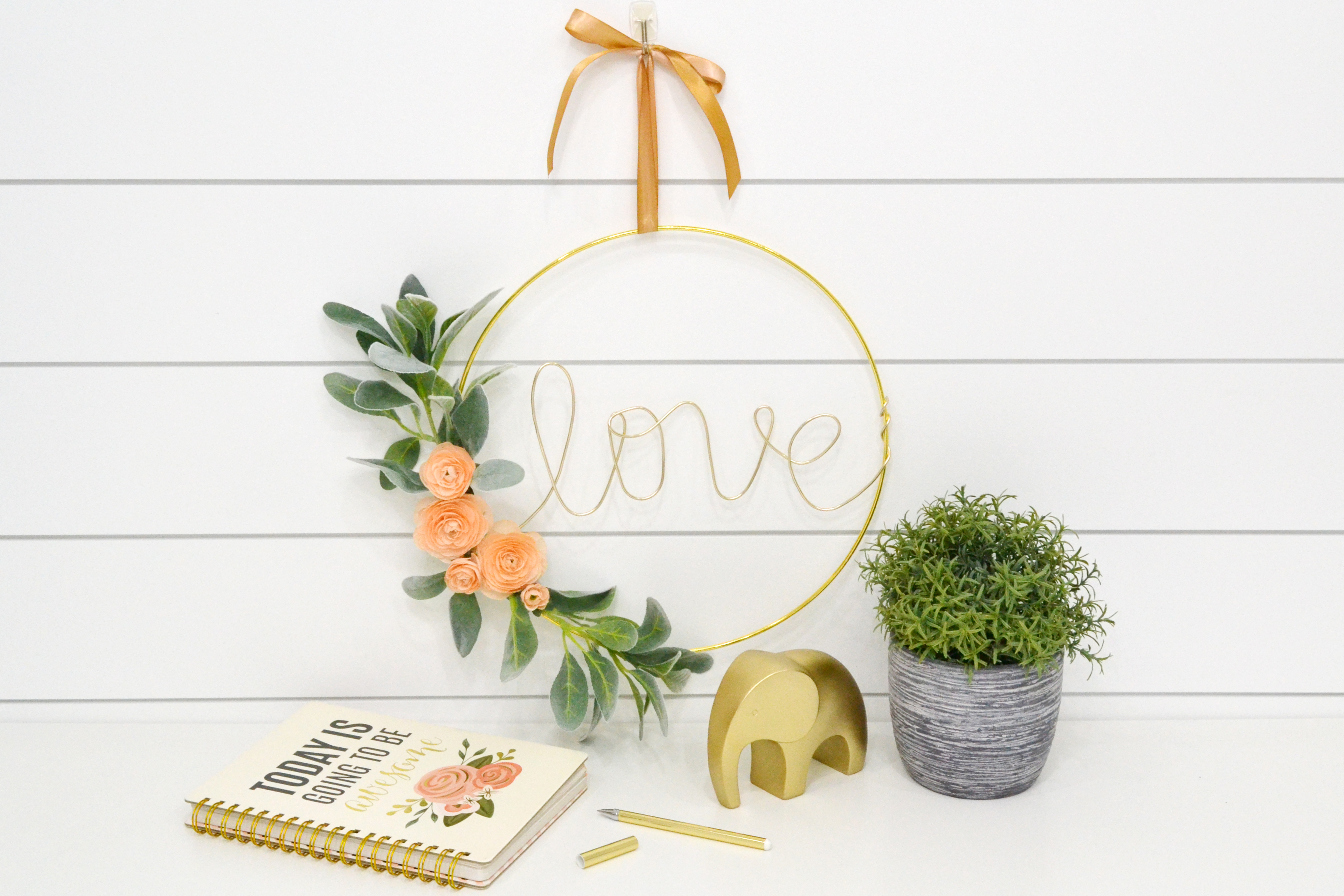 Big Happy Jig Hoop Wreath by Aly Dosdall for We R Memory Keepers