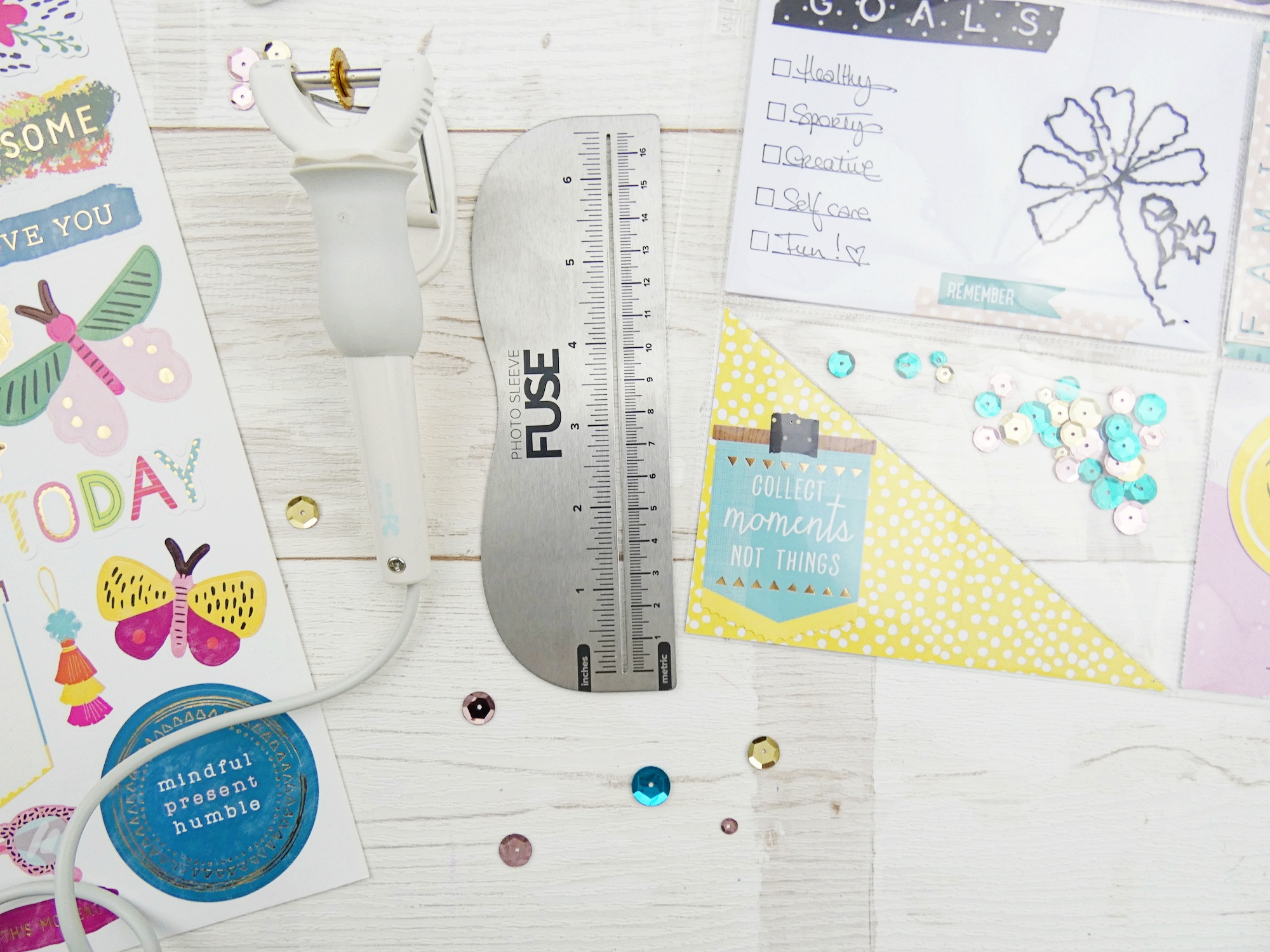 Pocket Page featuring the Photo Sleeve Fuse by Soraya Maes for We R Memory Keepers