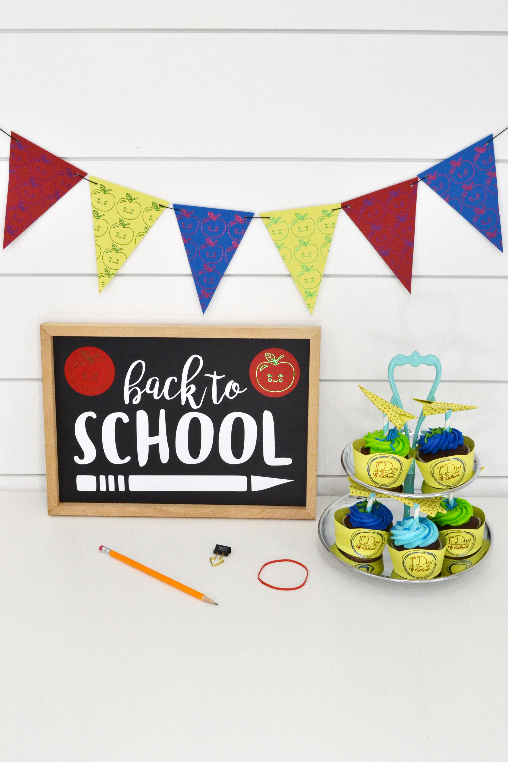 Foil Quill Back to School Party by Aly Dosdall for We R Memory Keepers 1