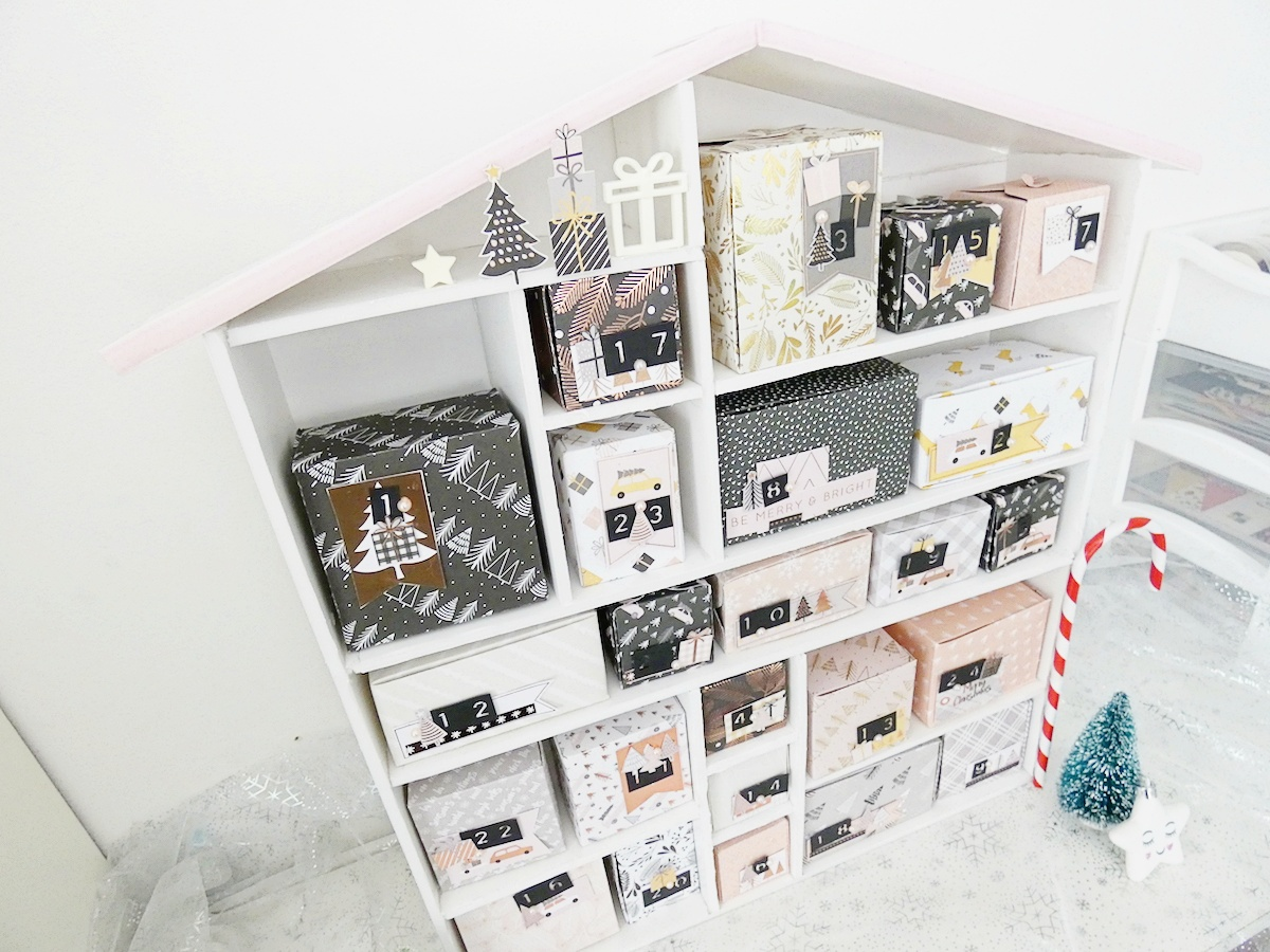 Christmas Countdown by Soraya Maes for We R Memory Keepers