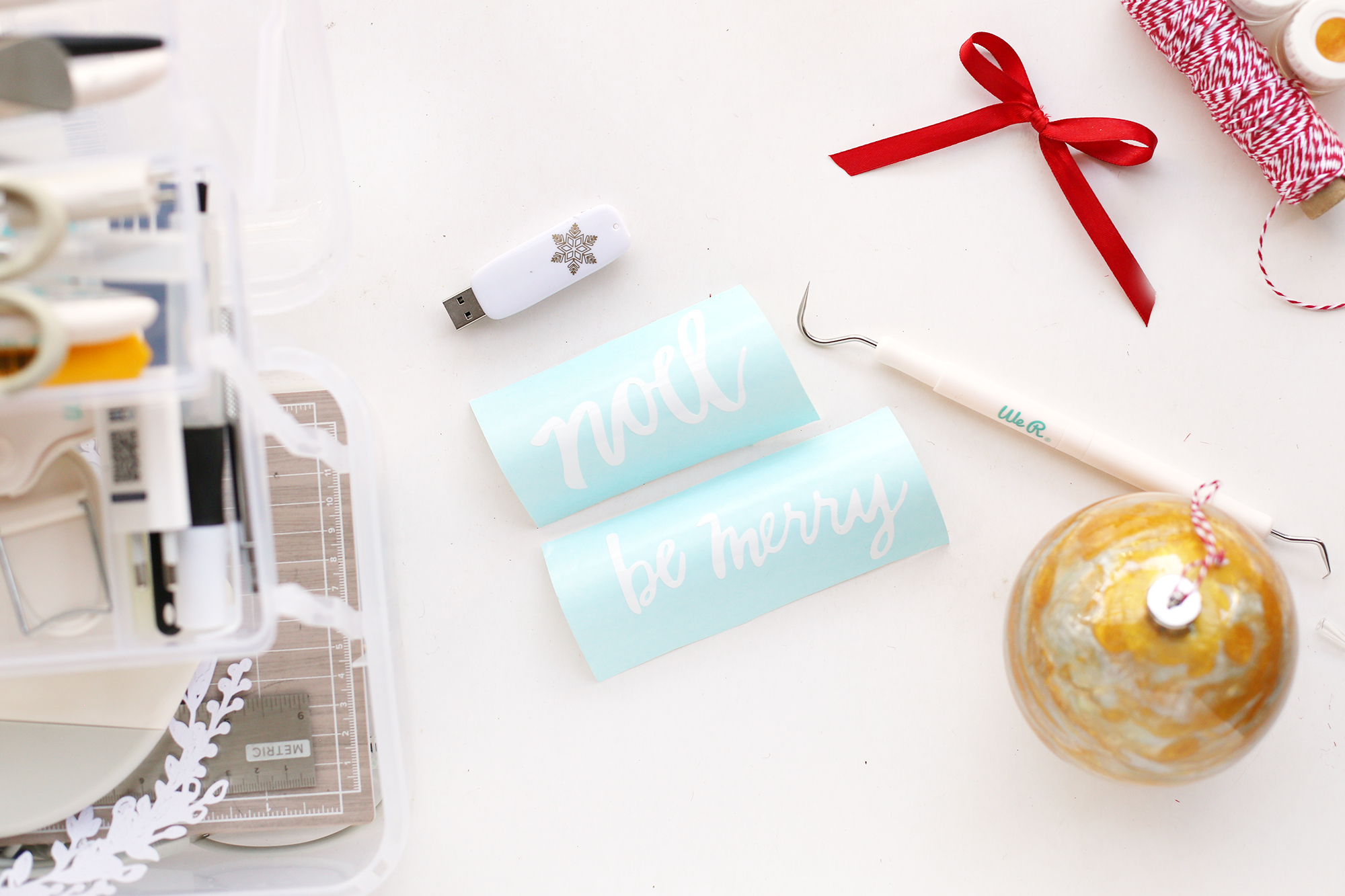 Make Custom Christmas Ornaments with the Spin It Ornament Arm Kit by We R Memory Keepers