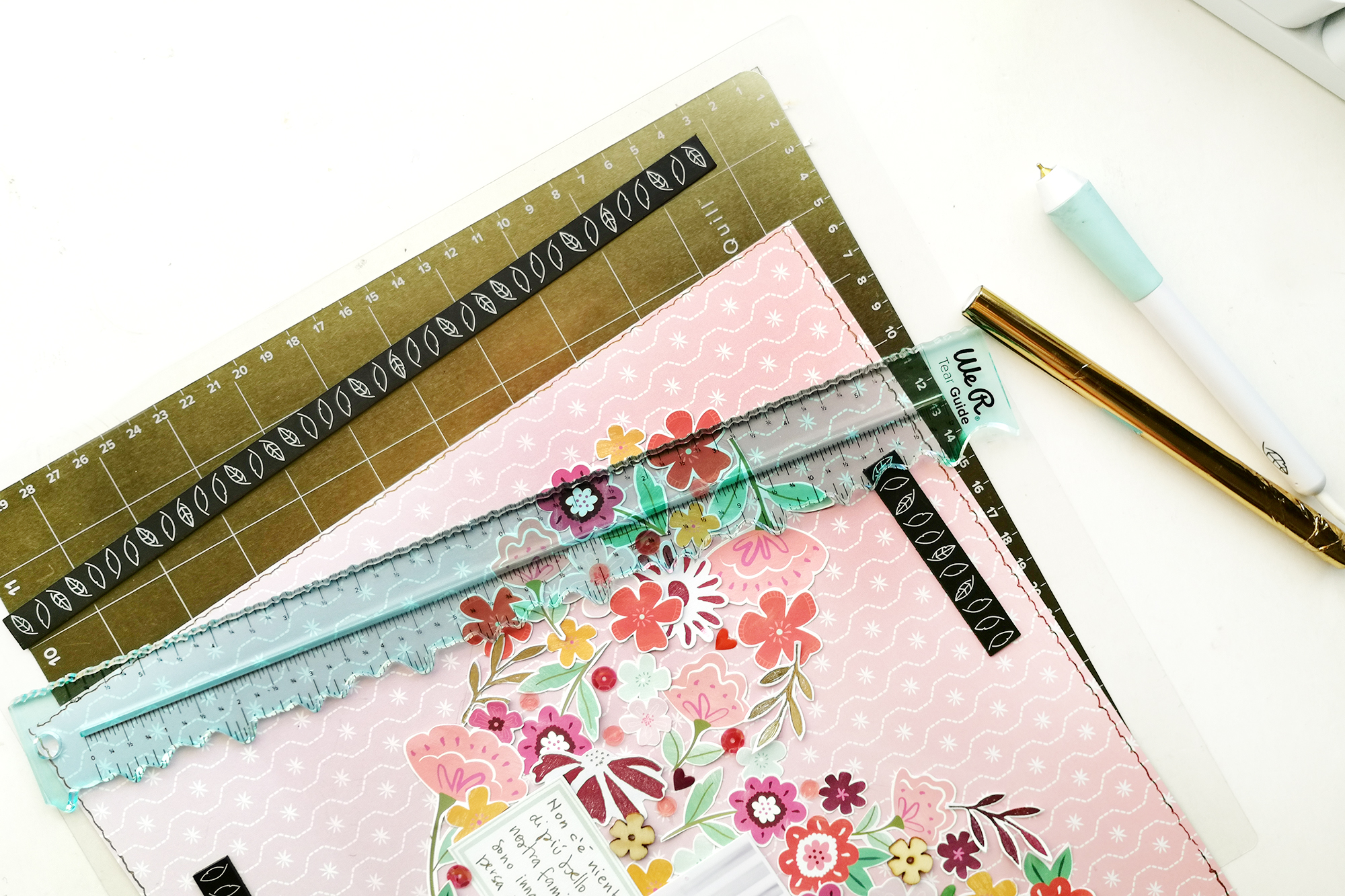 Free-Style-Foil-Quill-Layout-By-Eva-Pizarro-3