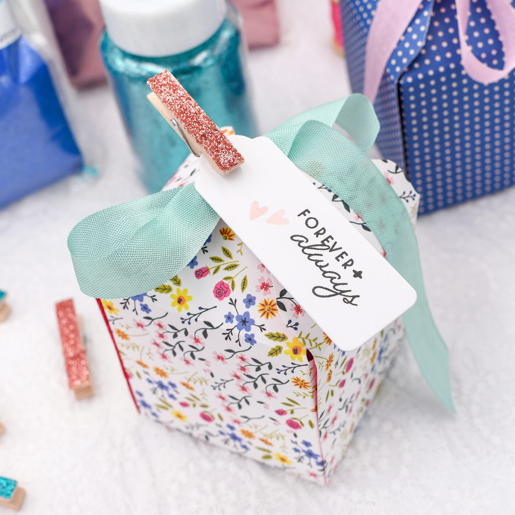 Make your own wedding favors with your favorite We R Memory Keepers tool available at Michaels Stores!