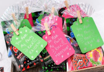Foiled_Party_Favors_by_Rebecca_Luminarias_12